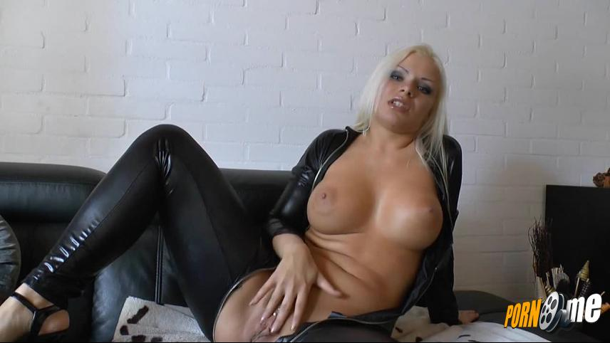 Kinky sloppy cum squirting sex Squirting