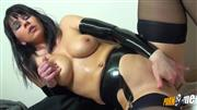 Charlies_Angel – LATEX BITCH – Geile LATEX-STRAPSE