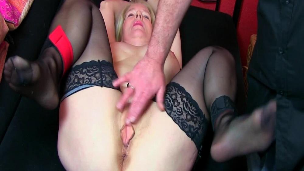 Gezwungen orgasmus Zum Orgasmus